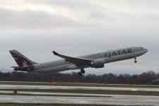 Qatar Airways A330-302, A7-AEI